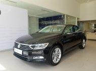 Volkswagen Passat  màu đen, nhập khẩu giá 1 tỷ 480 tr tại Cần Thơ