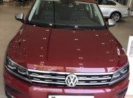 Volkswagen Tiguan màu đỏ, nhập khẩu nguyên chiếc giá 1 tỷ 699 tr tại Tp.HCM