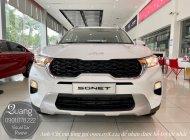 Kia Sonet 1.5AT Deluxe 2022 số tự động màu trắng giao liền tháng 11 giá 539 triệu tại Tp.HCM