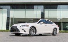 Lexus ES 2021 chính thức chào sân Việt, tăng trang bị, giá không đổi