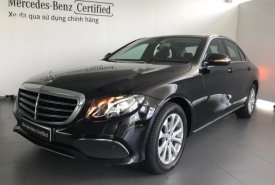 Cần bán xe Mercedes E200 2016, màu đen giá 1 tỷ 890 tr tại Tp.HCM