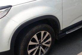 Bán xe  Kia Sorento màu trắng, sx 2015.  giá 690 triệu tại Tp.HCM