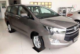 Bán Toyota Innova năm 2018, màu xám, giá chỉ 690 triệu giá 817 triệu tại Tp.HCM