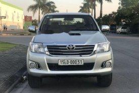 Bán Toyota Hilux năm sản xuất 2011, màu bạc, xe nhập   giá 425 triệu tại Hải Dương