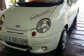 Cần bán xe Daewoo Matiz đời 2002, màu trắng giá cạnh tranh giá 69 triệu tại Tp.HCM