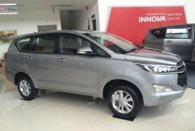 Cần bán xe Toyota Innova năm 2018, màu bạc, giá tốt giá 718 triệu tại Tp.HCM