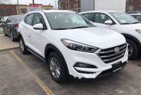 Cần bán xe Hyundai Tucson đời 2018, màu trắng, giá tốt giá 760 triệu tại Đà Nẵng