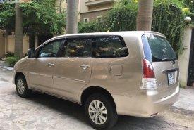 Cần bán lại xe Toyota Innova năm 2009, màu vàng giá 388 triệu tại Hà Nội