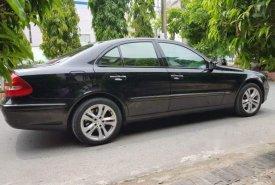 Cần bán Mercedes E200k đời 2004, màu đen giá cạnh tranh giá 299 triệu tại Tp.HCM
