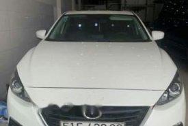Cần bán Mazda 3 đời 2016, màu trắng giá 585 triệu tại Tp.HCM