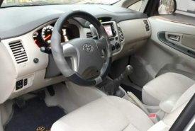 Bán xe Toyota Innova năm 2015, màu bạc giá 568 triệu tại Tp.HCM