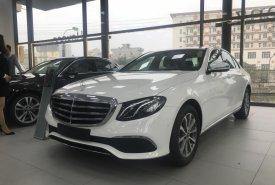 Bán Mercedes E200, full màu giá tốt nhất VBB, giao ngay - LH 0965075999 giá 2 tỷ 99 tr tại Hà Nội