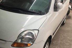 Bán Chevrolet Spark MT năm 2011, màu trắng giá 130 triệu tại Tp.HCM