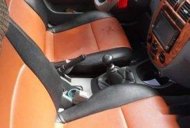 Cần bán gấp Daewoo Lacetti sản xuất năm 2004, màu đen giá cạnh tranh giá 125 triệu tại Bình Định