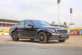 Bán xe Mercedes C200 Exclusive 2019: Thông số, giá lăn bánh (11/2019) tặng 50% phí trước bạ giá 1 tỷ 709 tr tại Tp.HCM