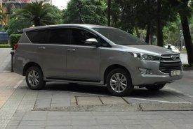 Gia đình bán Toyota Innova 2.0E năm sản xuất 2017, màu xám, 675 triệu giá 675 triệu tại Hà Nội