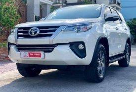 Cần bán gấp Toyota Fortuner năm sản xuất 2017, màu trắng, nhập khẩu   giá 995 triệu tại Cần Thơ