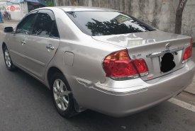 Bán Toyota Camry 2004, màu bạc, số sàn giá 350 triệu tại Tp.HCM