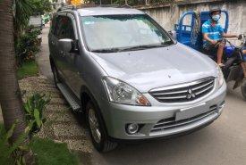 Bán Mitsubishi Zinger 2010 tự động, màu bạc, xe gia đình giá 346 triệu tại Tp.HCM