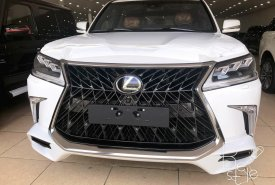 Bán Lexus LX570 Super Sport,màu trắng , Model 2019,mới 100%,xe giao ngay .LH :0906223838 giá 8 tỷ 980 tr tại Hà Nội