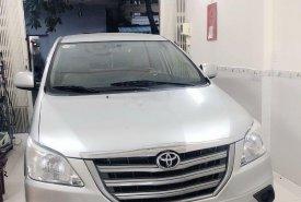 Bán Toyota Innova đời 2014, màu bạc số sàn giá 432 triệu tại Đà Nẵng