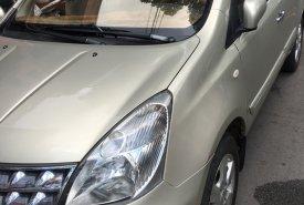 Cần bán xe Nhật 7 chỗ Nissan Grand Livina, số tự động, màu vàng cát giá 340 triệu tại Tp.HCM