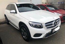 Bán Mercedes GLC250 SX 2016 màu trắng, bản full giá 1 tỷ 550 tr tại Tp.HCM
