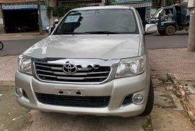Bán Toyota Hilux đời 2012, màu bạc giá 410 triệu tại Đắk Lắk