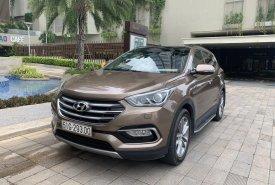 Bán Hyundai Santa Fe 2.4L năm sản xuất 2017, màu nâu, giá chỉ 948 triệu giá 948 triệu tại Tp.HCM