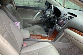 Cần bán lại Toyota Camry 2011, màu đen, chính chủ, giá tốt giá 615 triệu tại Đắk Lắk