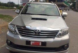 Bán Toyota Fortuner đời 2013 số sàn giá 770 triệu tại Tp.HCM