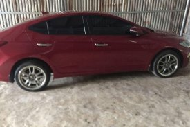 Cần bán gấp Hyundai Elantra năm 2017, màu đỏ giá 500 triệu tại Đắk Lắk