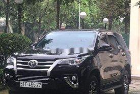 Cần bán Toyota Fortuner đời 2017, màu đen giá 910 triệu tại Tp.HCM