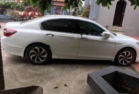 Cần bán xe Honda Accord 2.4 năm 2017, màu trắng, xe nhập chính chủ giá 1 tỷ 35 tr tại Hà Nội