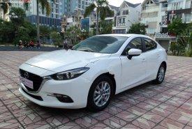 Bán Mazda 3 1.5 AT năm 2018, màu trắng, số tự động giá 650 triệu tại Hà Nội