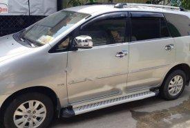 Bán Toyota Innova V sản xuất 2010, màu bạc số tự động giá 450 triệu tại Tp.HCM