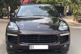 Bán Porsche Cayenne đời 2015, màu nâu giá 3 tỷ 180 tr tại Tp.HCM
