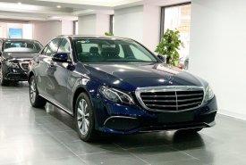 Cần bán lại xe Mercedes E200 đời 2020, màu xanh lam giá 1 tỷ 920 tr tại Hà Nội