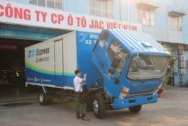 Cần bán xe Jac HFC 6 tấn 5 plus đời 2020, màu bạc giá 630 triệu tại Tp.HCM