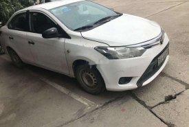 Bán Toyota Vios MT sản xuất năm 2015, màu trắng số sàn giá cạnh tranh giá 265 triệu tại Hà Nội