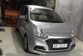 Cần bán gấp Hyundai Grand i10 năm 2018, màu bạc xe gia đình, giá 328tr giá 328 triệu tại Hà Nội