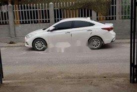 Bán xe Hyundai Accent đời 2018, màu trắng giá 450 triệu tại Hà Nội