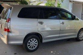 Cần bán lại xe Toyota Innova năm 2012, màu bạc giá cạnh tranh giá 390 triệu tại Cần Thơ