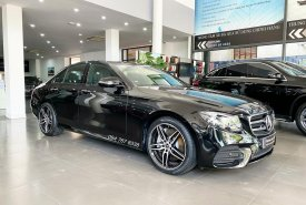 Cần bán gấp Mercedes E300 AMG năm 2020, màu đen giá 2 tỷ 799 tr tại Hà Nội
