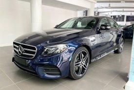 Cần bán lại xe Mercedes E300 AMG 2020, màu xanh lam giá 2 tỷ 680 tr tại Hà Nội