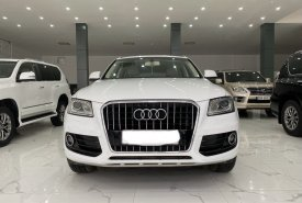 Cần bán xe Audi Q5 2.0 đời 2013, màu trắng, xe nhập, như mới giá 920 triệu tại Hà Nội