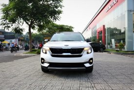 Kia Seltos 2020 Luxury màu trắng, tặng phụ kiện chính hãng Kia, giá tốt nhất Quận 12 giá 649 triệu tại Tp.HCM
