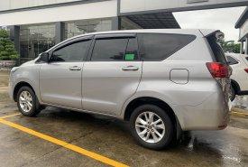 Bán xe Toyota Innova 2.0E 2019, màu bạc, giá thương lượng mạnh giá 700 triệu tại Tp.HCM