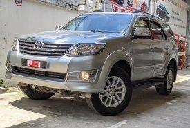 Xe Toyota Fortuner 2.7V sản xuất 2014, màu bạc giá 640 triệu tại Tp.HCM