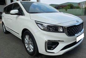 Gia đình mình bán KIA  Sedona  2019 đăng ký 2020, số tự động, bản full, máy dầu, màu trắng tinh mơ giá 1 tỷ 79 tr tại Tp.HCM